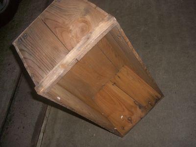 りんごの木箱