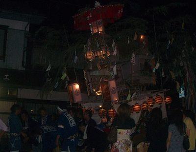泉町の七夕屋台
